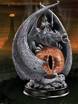 Lord of the Rings Soška The Fury of the Witch King 20 cm Noble Collection