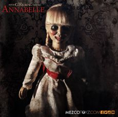 The Conjuring Scaled Prop Replika Annabelle Doll 46 cm Mezco Toys