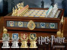 Harry Potter - Bradavice Houses Quidditch Šachy Noble Collection