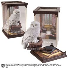 Harry Potter Magical Creatures Soška Hedwig 19 cm Noble Collection