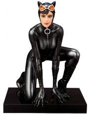 DC Comics ARTFX+ PVC Soška 1/10 Catwoman 13 cm