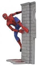 Spider-Man Homecoming Marvel Gallery PVC Soška Spider-Man 25 cm