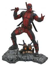 Marvel Premier Kolekce Soška Deadpool 30 cm