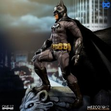 DC Comics Akční Figure 1/12 Batman Sovereign Knight 15 cm