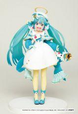 Vocaloid PVC Soška Hatsune Miku 2nd Season Winter Verze (Game-prize) 18 cm