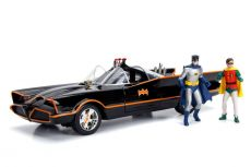 Batman Kov. Model 1/18 1966 Batmobile with Light-Up Functions and Figures