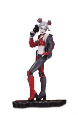 DC Comics Red, White & Black Soška Harley Quinn by Joshua Middleton 19 cm