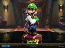 Luigi's Mansion 3 PVC Soška Luigi 23 cm