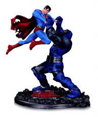 DC Comics Soška Superman vs. Darkseid 3rd Edition 18 cm