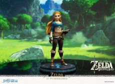 The Legend of Zelda Breath of the Wild PVC Soška Zelda 25 cm