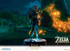 The Legend of Zelda Breath of the Wild PVC Soška Zelda Collector's Edition 25 cm