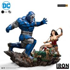 DC Comics Diorama 1/6 Wonder Woman Vs Darkseid by Ivan Reis 54 cm