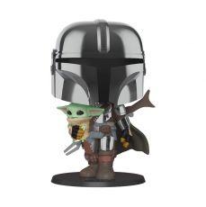 Star Wars The Mandalorian Super Sized POP! vinylová Figure The Mandalorian holding The Child 25 cm