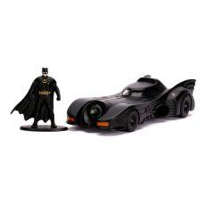 Batman 1989 Hollywood Rides Kov. Model 1/32 1989 Batmobile with Figure