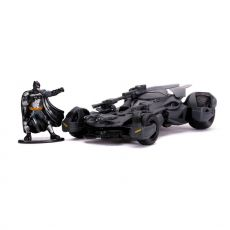Justice League Hollywood Rides Kov. Model 1/32 Batmobile with Figure