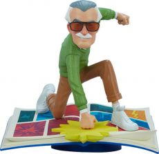 Marvel Designer Series vinylová Soška The Marvelous Stan Lee by Gabriel Soares 23 cm