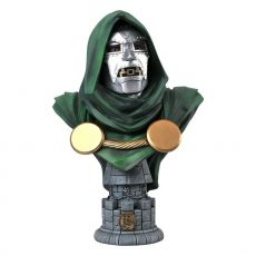 Marvel Comics Legends in 3D Bysta 1/2 Doctor Doom 25 cm