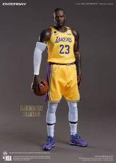 NBA Kolekce Real Masterpiece Akční Figurka 1/6 LeBron James 30 cm