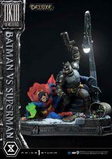 DC Comics Soška Batman Vs. Superman (The Dark Knight Returns) Deluxe Bonus Ver. 110 cm