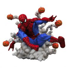 Marvel Comic Gallery PVC Soška Spider-Man Pumpkin Bombs 15 cm