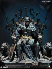 DC Comics Soška 1/4 Batman on Throne 75 cm