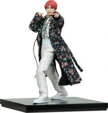 BTS Idol Kolekce PVC Soška V Deluxe 23 cm